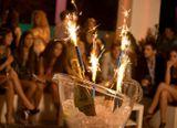 Parti tűzijátékok 15 cm tartóval