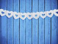 Girland fehér szívek kivágattal